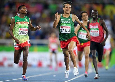Soc: VDV khuyet tat chay nhanh hon nha vo dich Olympic - Anh 1