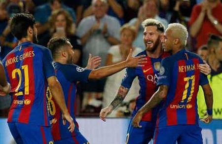 Chi tiet Barcelona - Celtic: Dai tiec o Nou Camp (KT) - Anh 3