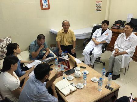 Cap thai song sinh va san phu tu vong khi cho sinh - Anh 1