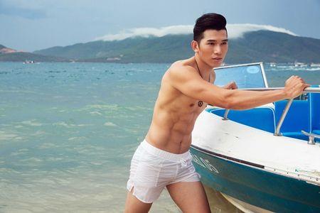 Sieu mau Ngoc Tinh dung top 3 binh chon cuoc thi Nam Vuong Dai su Hoan cau - Anh 1