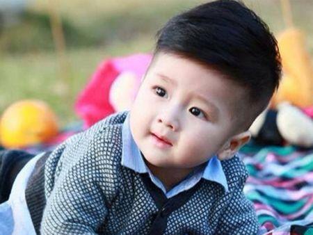 Nhung 'hot boy' nhi Viet sieu de thuong lam chao dao cong dong mang - Anh 1