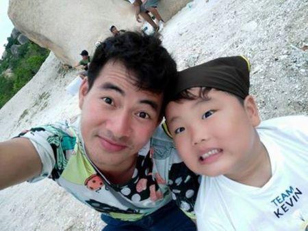 Nhung 'hot boy' nhi Viet sieu de thuong lam chao dao cong dong mang - Anh 3