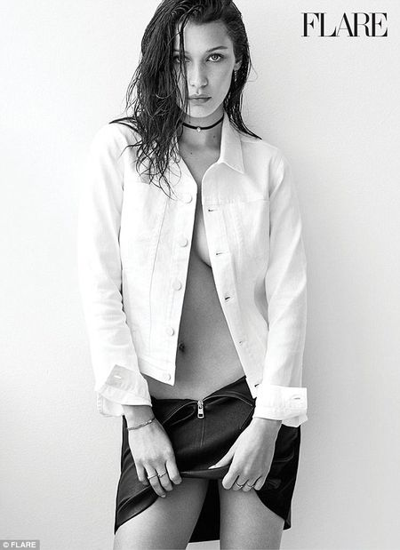 Bella Hadid ban nude tao bao khoe duong cong day me hoac - Anh 6