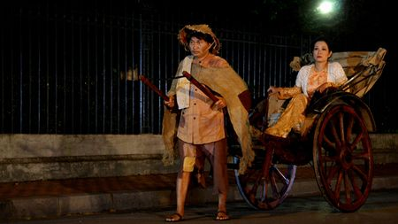 Thanh Thanh Hien bat mi ba vo dien ung y nhat cung Xuan Hinh - Anh 1