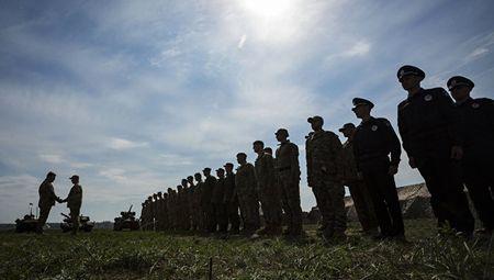 Ukraine sap co ten lua doi trong voi Iskander lung danh cua Nga - Anh 1