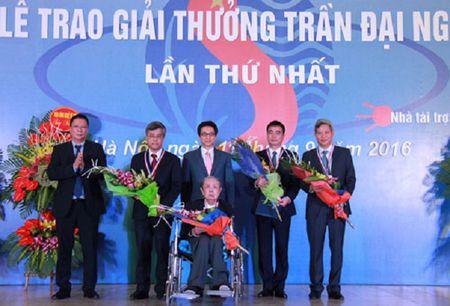 'Bien chat thai bun do thanh nguyen lieu san xuat' nhan giai Tran Dai Nghia - Anh 1