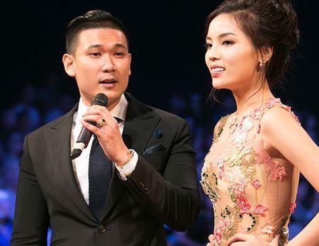 """Ban trai cua Hoa hau, A hau Viet cung """"muoi phan ven... nhieu thu"""" - Anh 4"""