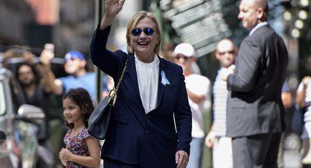 Ba Hillary Clinton co the bi dau doc? - Anh 1