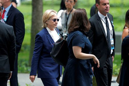 Hillary Clinton noi da 'khoe hon rat nhieu' - Anh 1