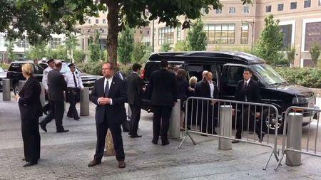 Suc khoe lam hai ba Clinton - Anh 1