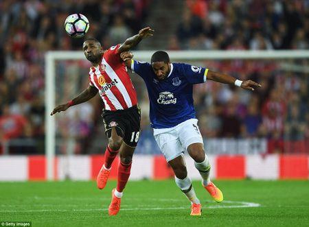 Lukaku ghi hat-trick, Everton thang doi cua David Moyes - Anh 4