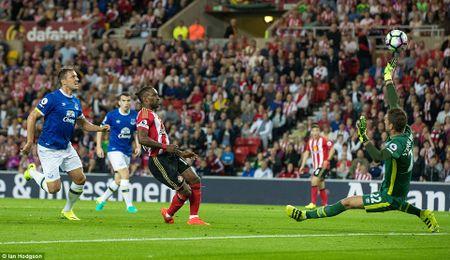Lukaku ghi hat-trick, Everton thang doi cua David Moyes - Anh 6
