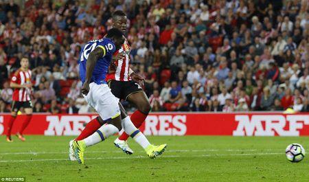 Lukaku ghi hat-trick, Everton thang doi cua David Moyes - Anh 8