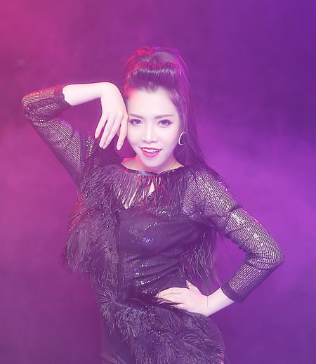 Giai nhat Tieng hat truyen hinh lam live show 2 ty dong - Anh 1