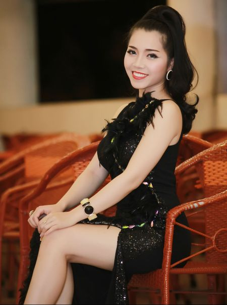 Giai nhat Tieng hat truyen hinh lam live show 2 ty dong - Anh 2