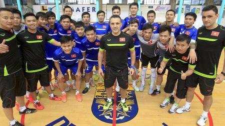 Bau Tu, Bruno Garcia va co tich Futsal Viet Nam - Anh 2