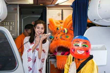 Don Trung thu tren troi cung Jetstar Pacific - Anh 5