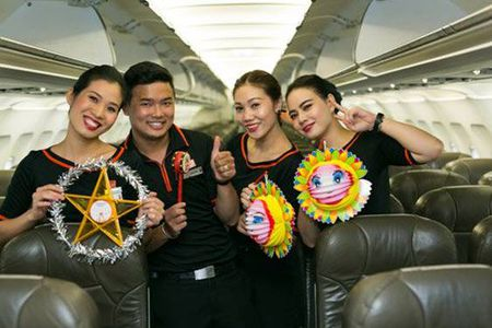 Don Trung thu tren troi cung Jetstar Pacific - Anh 9