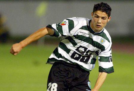 Chu tich Sporting Lisbon tinh lam vu 'AP PHE' voi Ronaldo - Anh 2