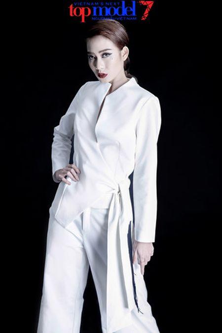 Dung chan tai Top Model, Kim Nha tung anh day phong cach va ca tinh - Anh 2