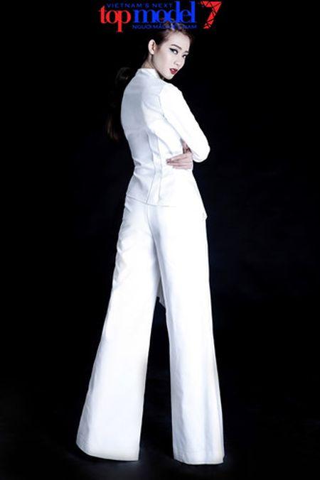 Dung chan tai Top Model, Kim Nha tung anh day phong cach va ca tinh - Anh 3