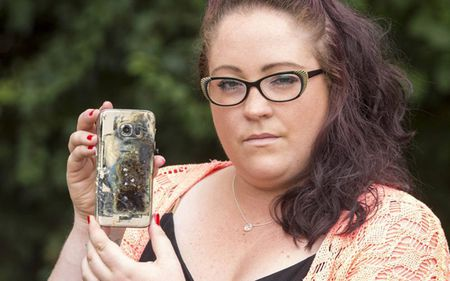 Samsung Galaxy S7 phat khoi mu va no tai quan ca phe o My - Anh 1