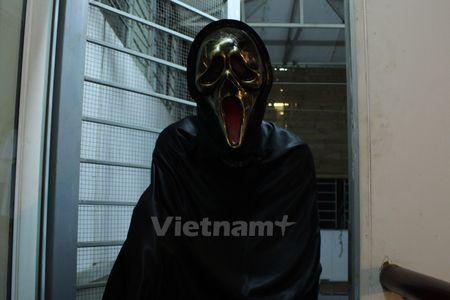 Gioi tre Ha Noi 'xuong duong' voi tao hinh rung ron dip Halloween - Anh 5