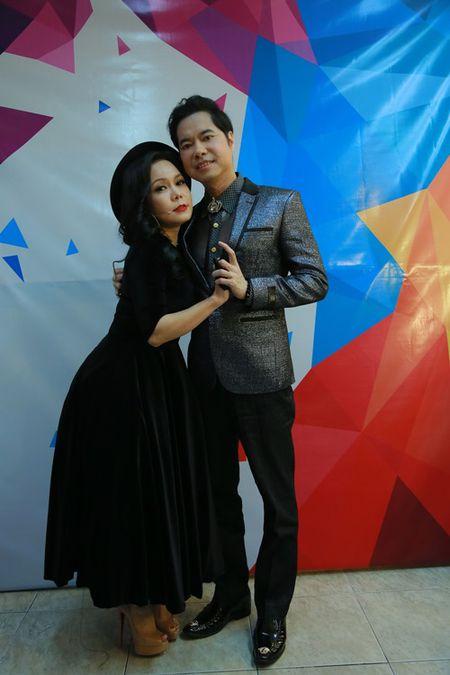 Viet Huong ke xau Ngoc Son tren song truyen hinh - Anh 1