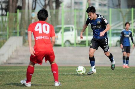 Huu Thang noi gi ve man trinh dien cua Xuan Truong tai Incheon United? - Anh 1
