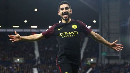 Top 5 cai ten 'hot' nhat vong 10 Premier League - Anh 1