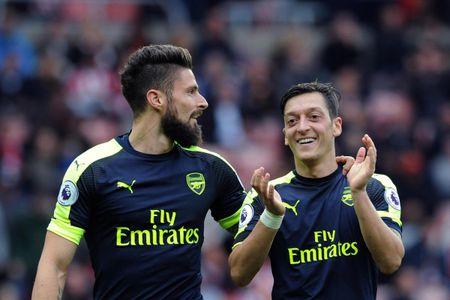Top 5 cai ten 'hot' nhat vong 10 Premier League - Anh 4