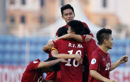 U19 Viet Nam nhan 2,3 ty dong tien thuong - Anh 1