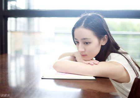 Nhan sac dep ngan ngo cua my nhan Tan Cuong 'hot' nhat lang giai tri Hoa ngu - Anh 8