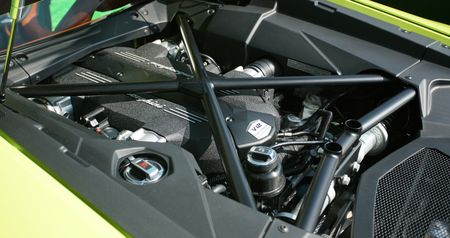 Lamborghini Aventador Miura Homage den Hong Kong, gia 1,03 trieu USD - Anh 4