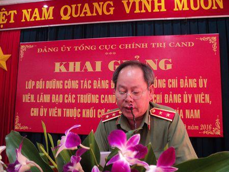 Khai giang lop boi duong cong tac Dang khu vuc phia Nam - Anh 1