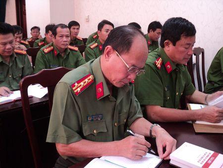 Khai giang lop boi duong cong tac Dang khu vuc phia Nam - Anh 2