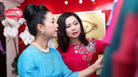 Chieu Xuan khoe nhan sac man ma - Anh 1