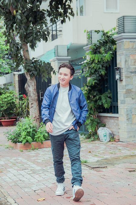 Phan Manh Quynh duoc nguoi ham mo o tinh vay kin - Anh 3