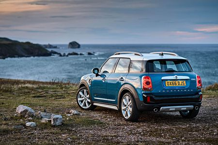Ra mat crossover MINI Cooper Countryman 2017 the he moi - Anh 2