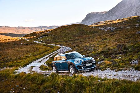 Ra mat crossover MINI Cooper Countryman 2017 the he moi - Anh 5