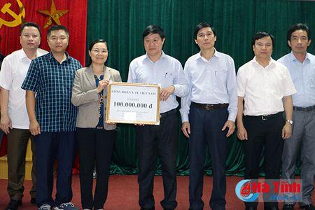 Bo Xay dung ho tro nguoi dan vung lu Ha Tinh 500 trieu dong - Anh 5
