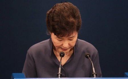 Muc tin nhiem cua Tong thong Han Quoc thap ky luc sau be boi Choi Soon-sil - Anh 1