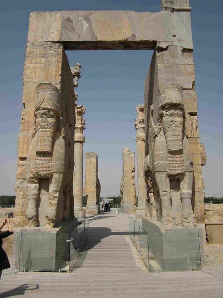 Persepolis, Iran: Thanh co Ba Tu - Anh 4