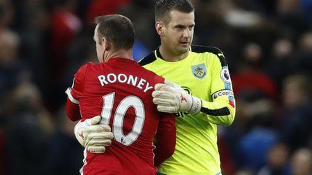 Tom Heaton: Ke gieo rac con ac mong tai Old Trafford - Anh 2