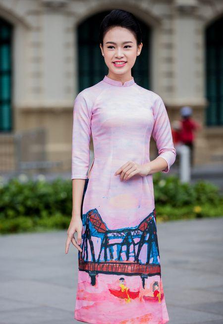 Hoa hau, a hau Viet Nam dien ao dai nhay flashmob - Anh 8