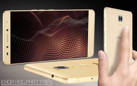 Mo hop smartphone man hinh 6 inch sap len ke voi gia 3,99 trieu - Anh 16
