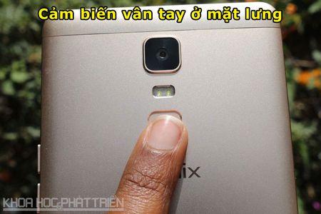 Mo hop smartphone man hinh 6 inch sap len ke voi gia 3,99 trieu - Anh 7