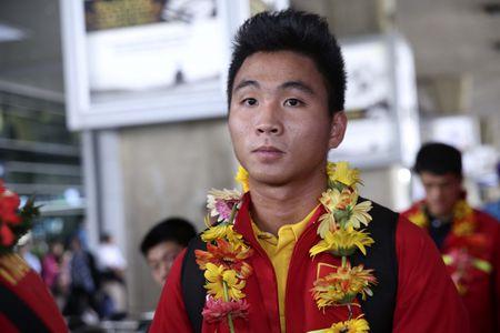 U19 Viet Nam nhan thuong ky luc 2,3 ty - Anh 10