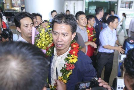 U19 Viet Nam nhan thuong ky luc 2,3 ty - Anh 9