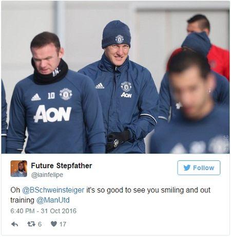CDV Man United nuc long vi thay Schweinsteiger tro lai - Anh 4